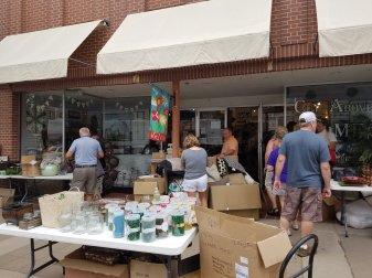 Sidewalk DAZE sales
